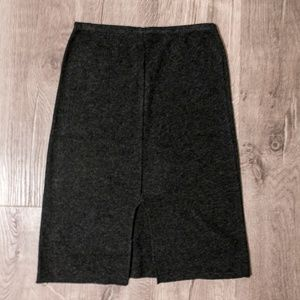 NWOT stretchy gray skirt
